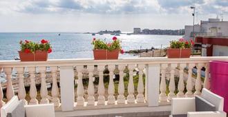B&b Estasi Sul Mare - Porto Cesareo - Balcony