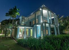 Knai Bang Chatt - Kep - Toà nhà