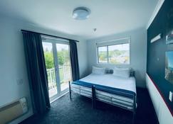 Base Taupo - Taupo - Bedroom