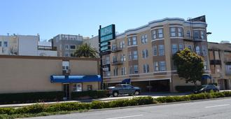 Alpha Inn & Suites - San Francisco - Building
