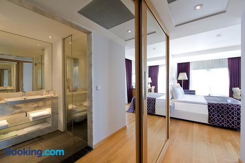 Akra V Hotel - Antalya - Bathroom