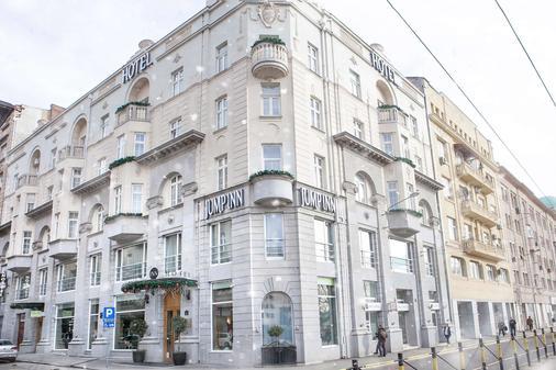 Jump Inn Hotel Belgrade - Belgrad - Rakennus