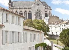 Relais Du Silence Le Saint Gelais - Angoulême
