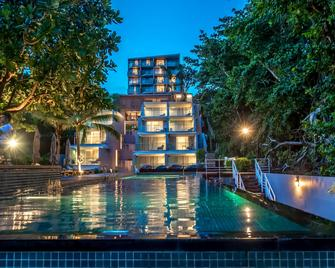 Centara Q Resort Rayong - Muang Klaeng - Bazén