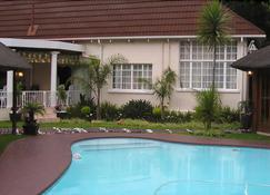 Victorian Guest House - Krugersdorp - Pool