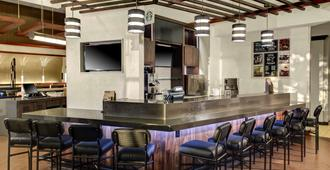 Hyatt Place Memphis Primacy Parkway - Memphis - Bar