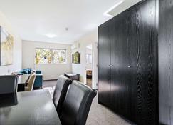Quality Suites Amore - Christchurch - Bedroom