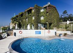 Hotel Arha Villa de Suances - Suances - Pool