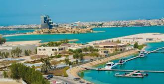 Happy Days Hotel - Manama - Outdoors view
