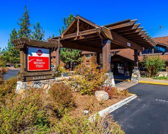 Best Western PLUS Truckee-Tahoe Hotel - Траки - Здание