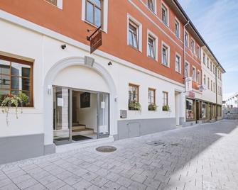Boutique-Hotel Kronenstuben - Людвігсбург - Building