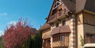 Hôtel Le Romantica - הונפלואור - בניין
