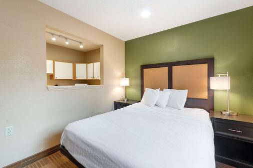 Extended Stay America - Charlotte - Tyvola Rd. - Executive Park - Charlotte - Bedroom