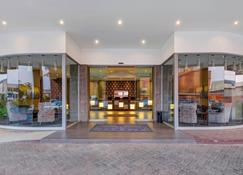 Protea Hotel by Marriott Lusaka Tower - Lusaka - Edifício