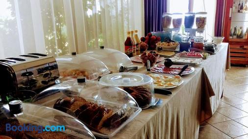 迪亞曼蒂酒店 - 索佐波爾 - 索佐波爾 - 自助餐