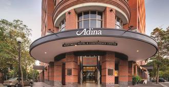Adina Apartment Hotel Sydney Surry Hills - Sydney - Gebäude