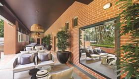 Adina Apartment Hotel Sydney Surry Hills - Sydney - Lounge