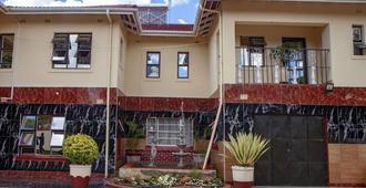Rest Guest House - Harare - Edificio