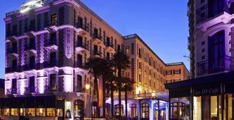 巴里爾迪納爾酒店 - 迪那德 - 迪納爾