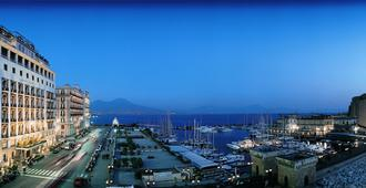 Grand Hotel Vesuvio - Naples - Outdoor view