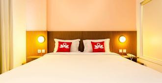 Zen Premium Pancoran Pomelotel - Yakarta - Habitación