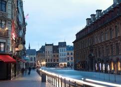 Hotel De La Paix - Lille - Outdoor view