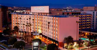 Four Points by Sheraton Los Angeles International Airport - Los Angeles - Bygning