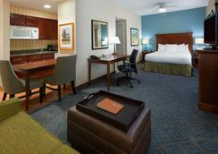 Homewood Suites by Hilton Gainesville - Gainesville - Makuuhuone