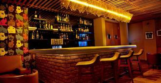 Lemon Tree Premier 1 - Gurugram - Bar