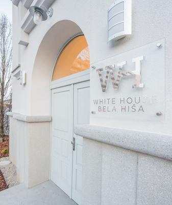 White House Bela Hisa - Ljubljana - Näkymät ulkona