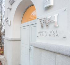 White House Bela Hisa