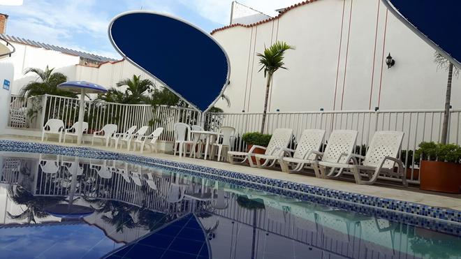 Hotel Zamba - Girardot - Piscina
