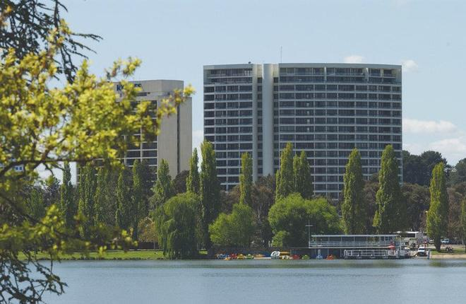 Breakfree Capital Tower Canberra - Canberra - Building