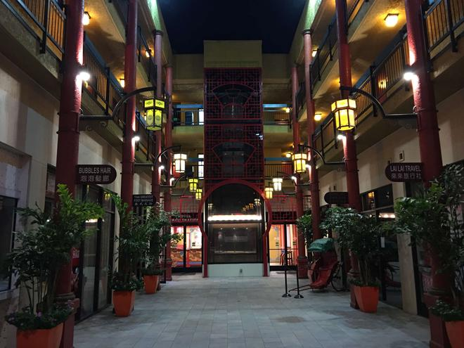 Best Western Plus Dragon Gate Inn - Los Angeles - Rakennus