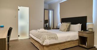 Norfolk Hotel - Fremantle - Bedroom