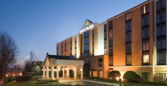 Hyatt Place Nashville Airport - Nashville - Building