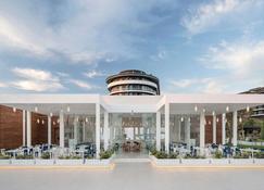 Voyage Belek Golf & Spa - Belek - Edificio