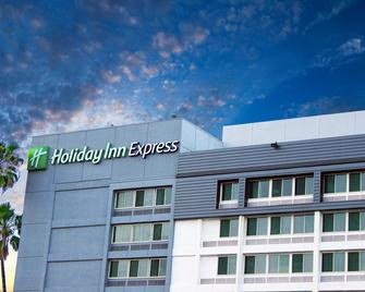 Holiday Inn Express Van Nuys - Van Nuys - Gebäude