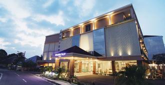Golden Tulip Essential Belitung Hotel - Tanjung Pandan
