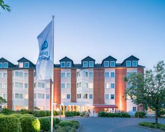 Best Western Hotel Prisma - Neumünster - Gebäude
