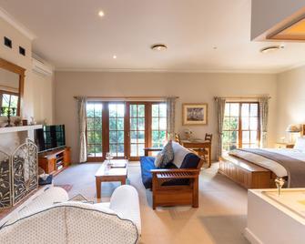 Strathearn Park Lodge - Scone - Bedroom