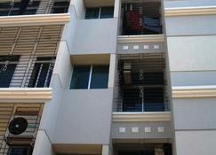 Sea View Apartment - Cox's Bāzār - Building