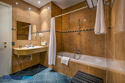 Thermae Palace Hotel - Ostend - Bathroom