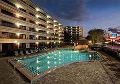 Rosen Inn at Pointe Orlando - Orlando - Pool