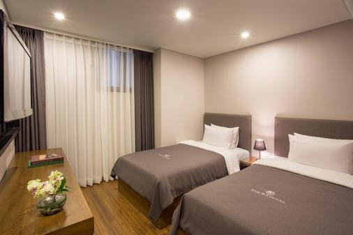 The Bs Hotel - Μπουσάν - Κρεβατοκάμαρα
