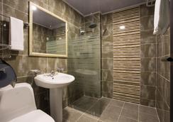 The Bs Hotel - Μπουσάν - Μπάνιο