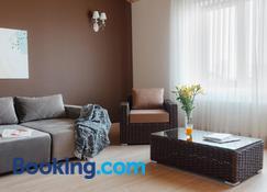 Arcadia Villa - Odesa - Living room