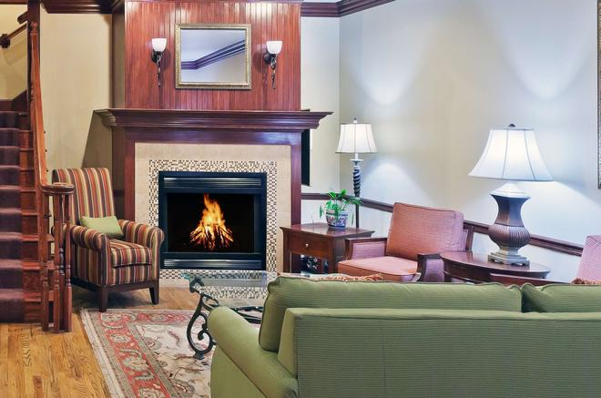 Country Inn & Suites by Radisson, Tulsa, OK - Tulsa - Living room