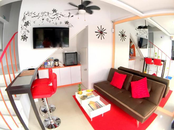 The Room Patong Hotel - Patong - Sala de estar