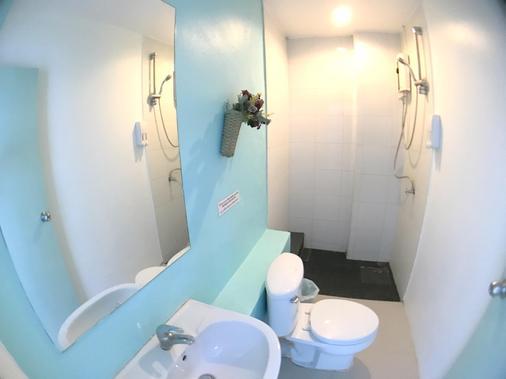 芭東客房酒店 - 巴東 - 芭東海灘 - 浴室
